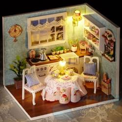 DIY House Gran's Cozy Kitchen